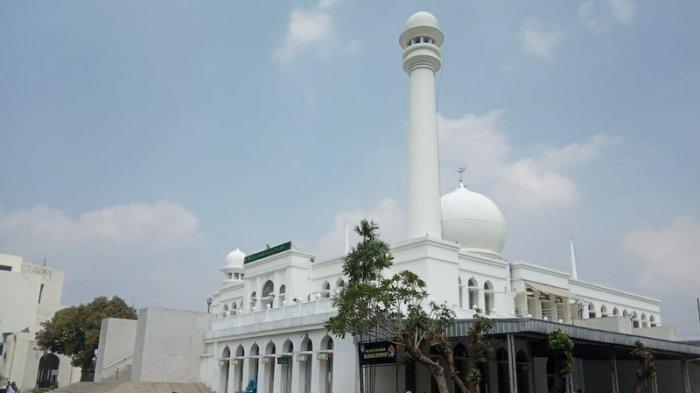 Tiadakan Buka Puasa Harian, Masjid Agung Al Azhar Akan Bagi-bagi 400 Takjil Setiap Hari