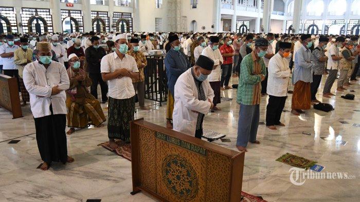 Rumah Ibadah akan Dibuka Bertahap, Izin Dikeluarkan Camat, Masjid Hanya Boleh untuk Salat