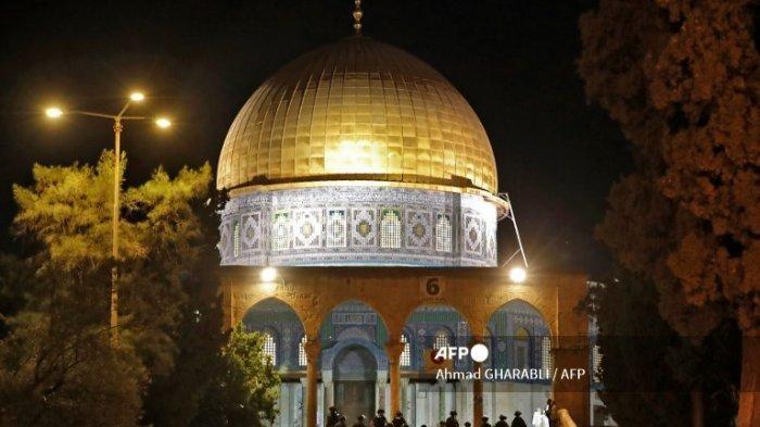 Muhammadiyah Kutuk Serangan Biadab Israel Saat Muslim Shalat Terawih di Masjid Al-Aqsa