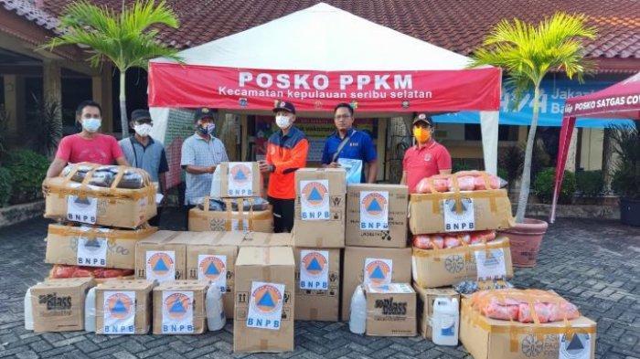 Tingkatkan Prokes, BNPB Distribusikan Bantuan Masker-Hand Sanitizer ke Warga Kepulauan Seribu