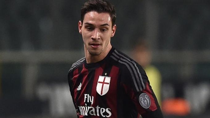 Bek AC Milan Berpeluang Pindah Juventus, Musim Depan
