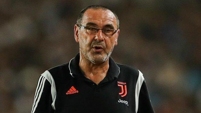 Napoli vs Juventus: Maurizio Sarri Belum Persembahkan Tropi untuk Juventus