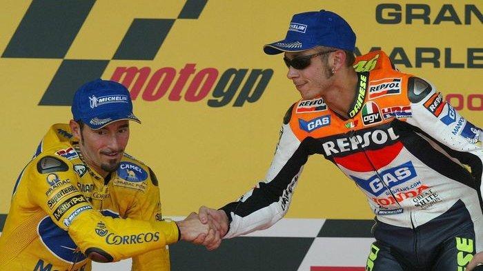 Di Awal Kariernya, Valentino Rossi Pernah Memenangi Kejuaraan MotoGP dengan Satu Tangan