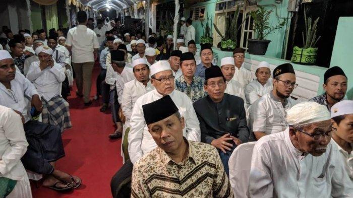 Ponpes Al Anwar Sarang Dipadati Masyarakat yang Ikuti Peringatan 40 Hari Meninggalnya Mbah Moen