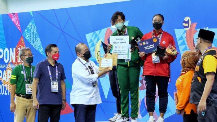 Disaksikan LaNyalla, Atlet Selam Jatim Sabet 3 Emas dan Pecahkan Rekor PON