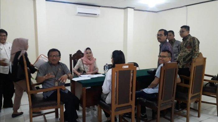 Ashanty menjalani sidang mediasi atas dugaan wanprestasi atas laporan dokter Martin Pratiwi, di Pengadilan Negeri Tangerang, Rabu (31/7/2019).