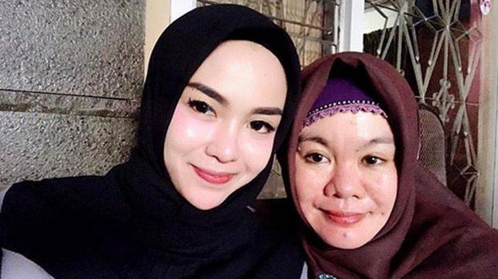 Modest Fashion Week Tegur Medina Zein Gara-gara Pernyataan Kontoversi Sang Ibu Pengacara Buka Suara