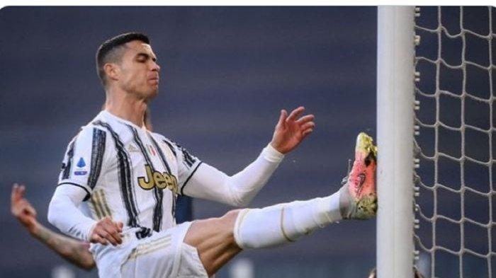 Cristiano Ronaldo Bikin Catatan Spesial Seusai Ngamuk Tendang Tiang Gawang
