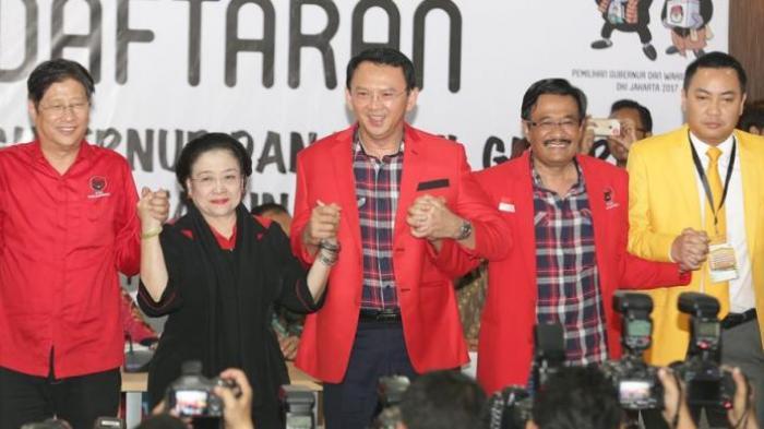Megawati Dipuji, Mampu Kelabui Publik soal Dukungan untuk Ahok