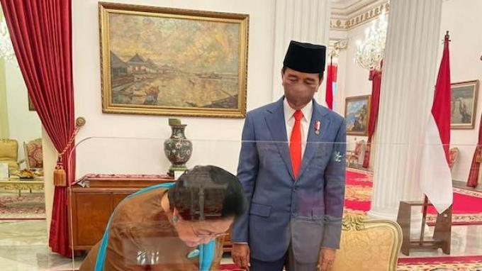 Pengamat Sebut Jokowi Tak Ingin Kekuasaannya Digergaji Jika Jadwal Pemilu 2024 Ikut Usulan KPU