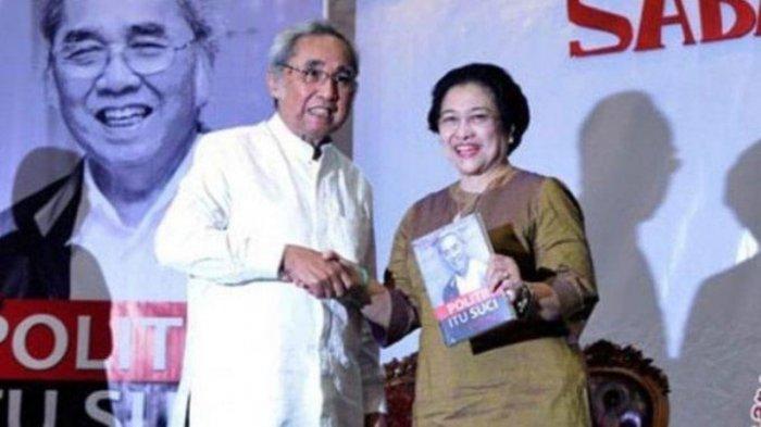 Megawati menghadiri peluncuran buku Sabam Sirait berjudul