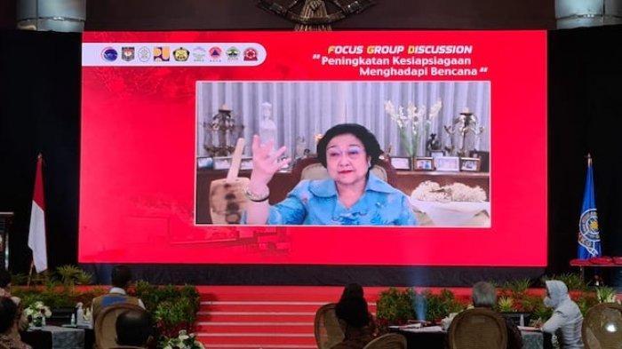 Minta Pejabat dan Pemda Serius Soal Potensi Bencana, Megawati: ''Saya Nyuwun Tulung''