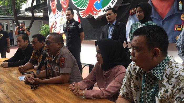 Jumpa pers Medina Zein di Polda Metro Jaya, Jumat (3/1/2020).