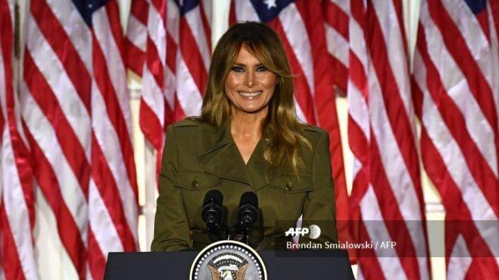 Ibu Negara AS Melania Trump berpidato di Konvensi Republik pada hari kedua dari Taman Mawar Gedung Putih 25 Agustus 2020, di Washington, DC.