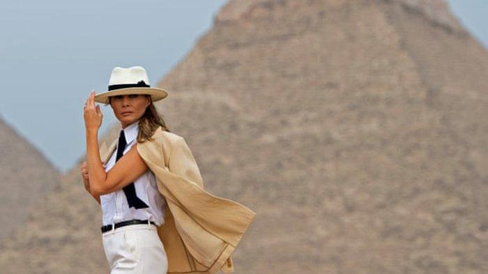 Melania Trump di Gyza Pyramids