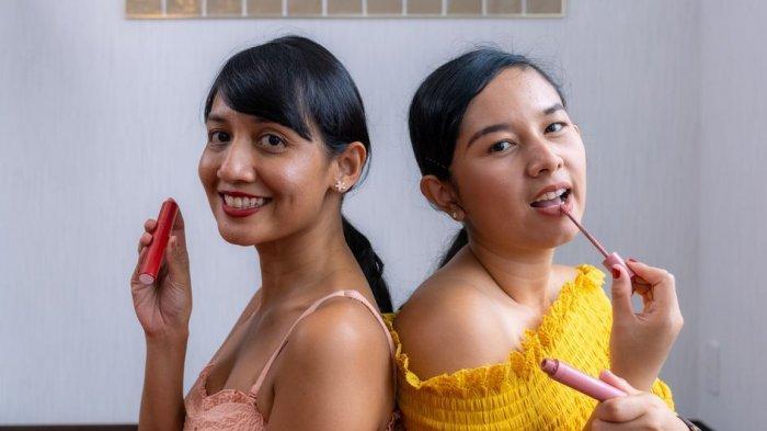 Jangan Keliru, Ini Cara Tepat Memakai Lipstik sesuai Bentuk Bibir