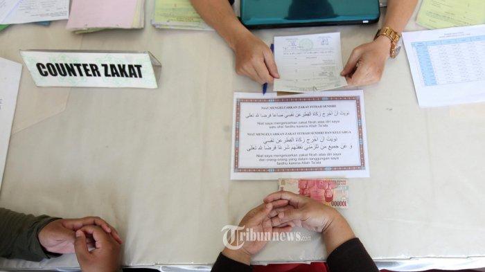 Tata Cara Membayar Zakat: Lafadz Niat Membayar Zakat dan Doa Ketika Menerima Zakat Berserta Artinya