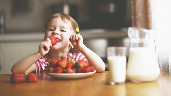 Susu Anak Hingga Kreasi Makanan, Ini 3 Tips Penuhi Nutrisi Si Kecil di Masa Pandemi