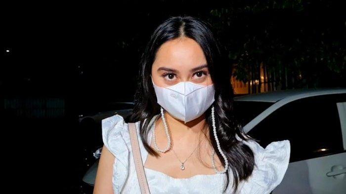 Memes Prameswari ditemui di kawasan Mampang Prapatan, Jakarta Selatan, Kamis (27/5/2021) malam.