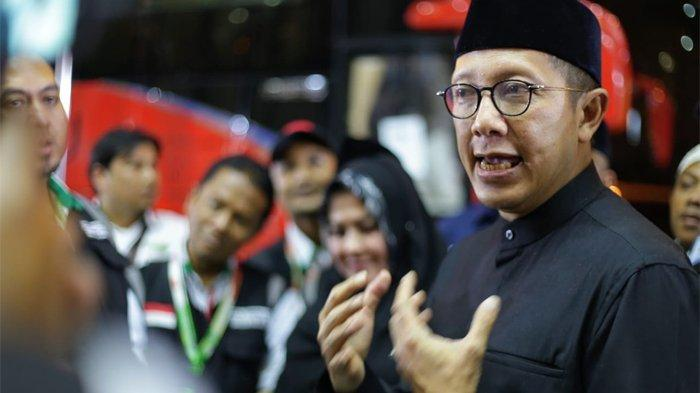 Menteri Agama, Lukman Hakim Saifuddin melepas Jemaah Haji Indonesia kloter 1 JKS di Hotel Tharawat Al Misfalah, Misfalah, Makkah, Sabtu (17/8/2019). (Tribunnews/Bahaudin/MCH2019)