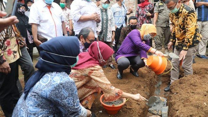 Kemenaker dan Kemendes Berkolaborasi Bangun 1.000 Sanitasi dan MCK di Desa