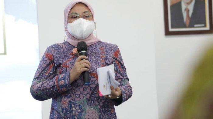 Menaker Ida Wanti-wanti Perusahaan Sektor Esensial Perketat Protokol Kesehatan