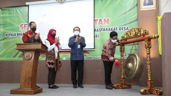 Gus Menteri: Keluarga Besar Kemendes PDTT Harus Paham Isu Strategis