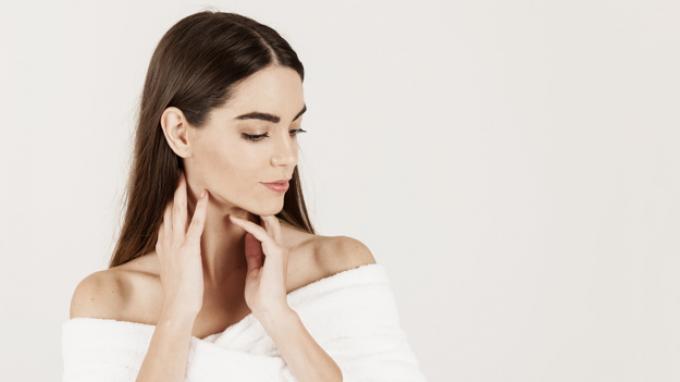 Cara Memutihkan Leher yang Hitam Secara Alami, Ikuti 5 Tips Berikut Ini