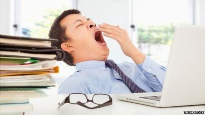Tidur Malam Cukup, Tapi Masih Ngantuk di Pagi Hari? Mungkin Ini Penyebabnya