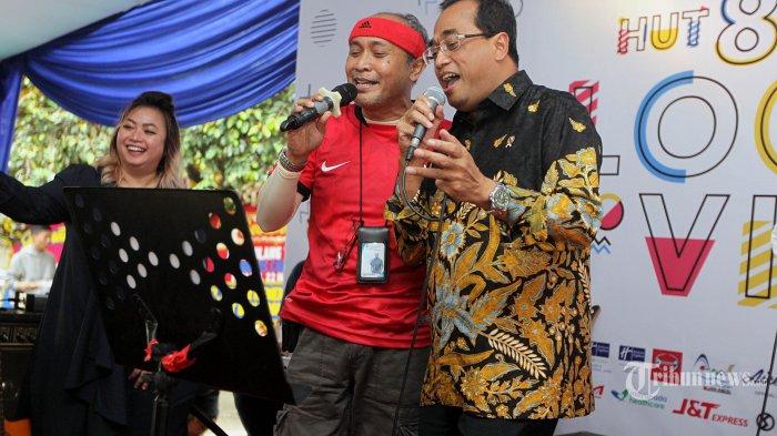 Hadiri Perayaan HUT Tribunnews ke 8, Menhub Budi Karya Sumadi Dangdutan