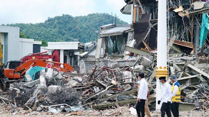 103 Sekolah Rusak Akibat Gempa di Sulawesi Barat