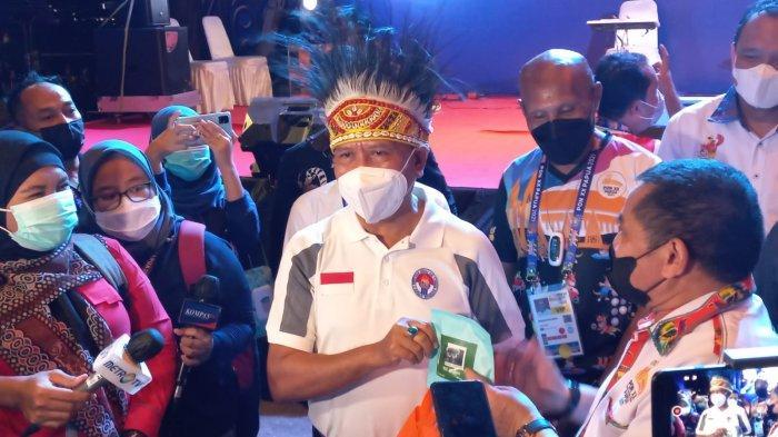 Sibuk di PON Papua, Menpora Amali Pantau Tim Bulutangkis Indonesia di Piala Thomas dan Uber Cup 2021
