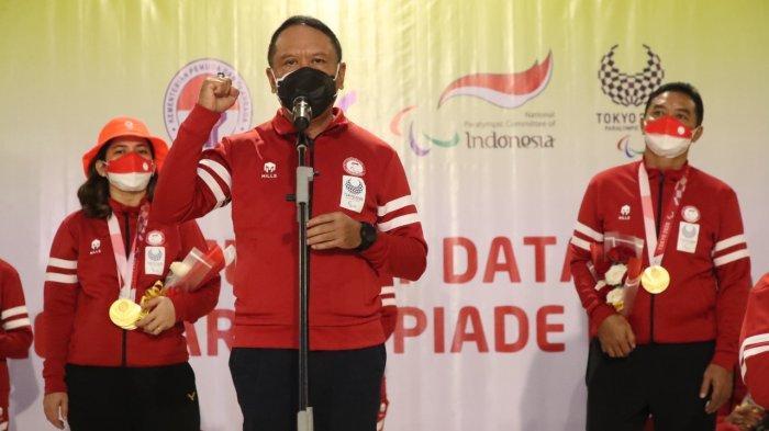 Menteri Pemuda dan Olahraga Republik Indonesia (Menpora RI) Zainudin Amali menyambut kedatangan kloter terakhir kontingen Paralimpiade Tokyo 2020 di VIP Terminal 3 Bandara Internasional Soekarno Hatta, Jakarta pada Selasa (7/9/2021) dini hari WIB.