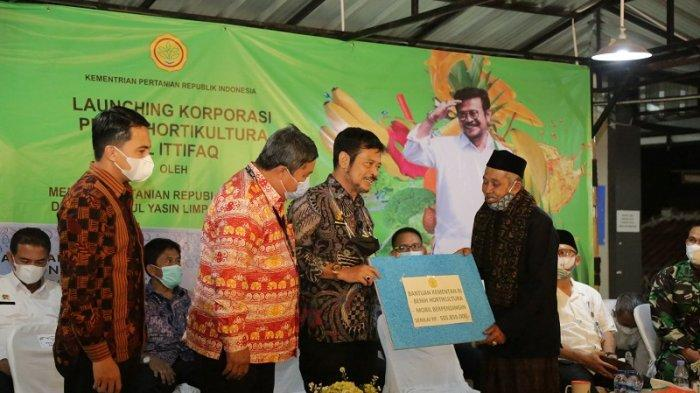 Mentan Syahrul Yasin Limpo Luncurkan Korporasi Petani Hortikultura Pondok Pesantren di Bandung