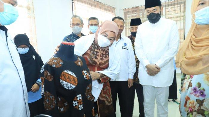 Kunker ke Sumbar, Menaker Tinjau BLK Komunitas Thawalib Gunung Padang