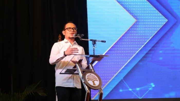 Menteri Ketenagakerjaan (Menaker) M Hanif Dhakiri saat memberikan sambutan di acara Musyawarah Nasional XIII Keluarga Alumni Universitas Gadjah Mada (KAGAMA) 2019 di Balikpapan, Kalimantan Timur, Sabtu (7/9/2019).