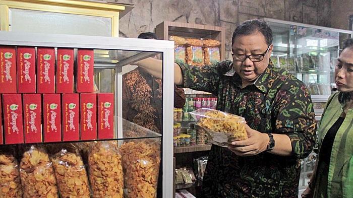Menteri Koperasi dan UKM Harapkan Peningkatan Ekspor Melalui Pasar Raya Indonesia di Belanda