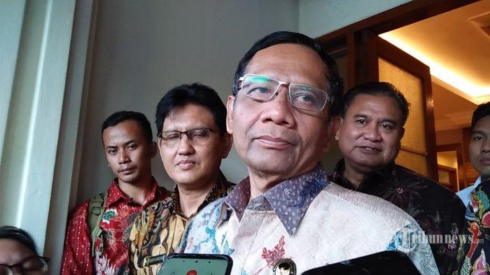 Menteri Kordinator Bidang Politik Hukum dan Keamanan Mahfud MD