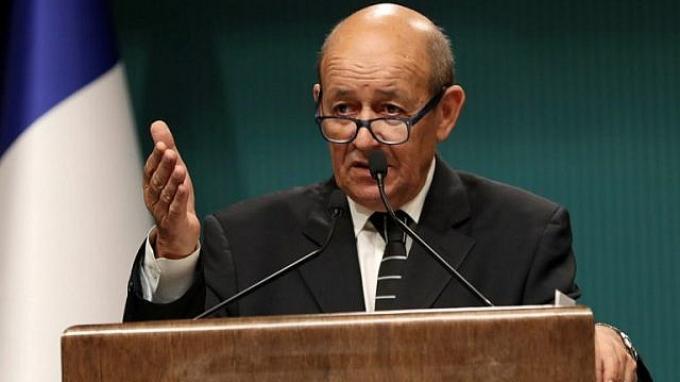 Menteri Luar Negeri Prancis, Jean-Yves Le Drian.
