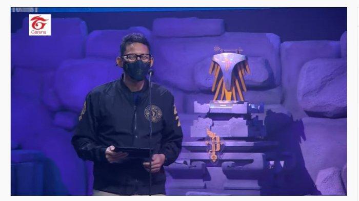 Menteri Pariwisata dan Ekonomi Kreatif, Sandiaga Uno saat memembuka turnamen Piala Presiden Esports 2021, Sabtu (9/10/2021)
