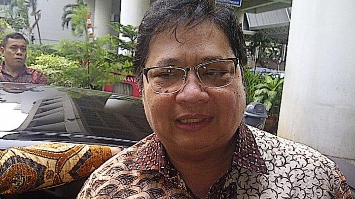 Nyonya Meneer Pailit, Menteri Perindustrian: Itu Urusan Korporasi