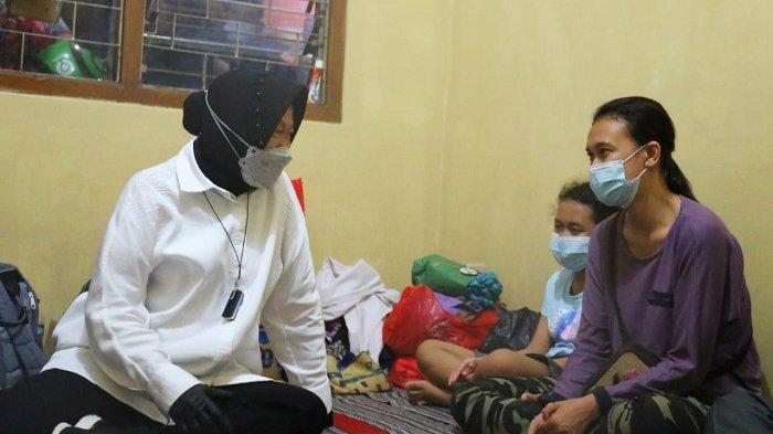 Mensos Risma Berikan Santunan Rp 15 Juta Kepada 10 Ahli Waris Korban Kebakaran Matraman