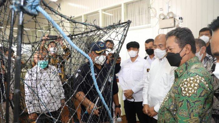 Menteri Trenggono Dukung Inovasi Alat Tangkap Ikan Ramah Lingkungan