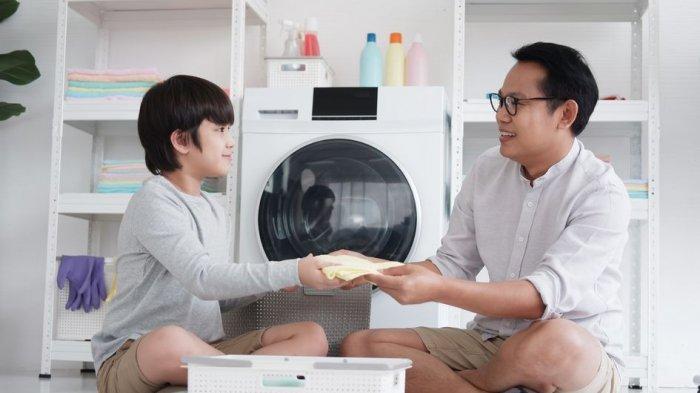 Meski Tanpa ART, Orang Tua Bekerja Tetap Bisa Selesaikan Tugas Domestik