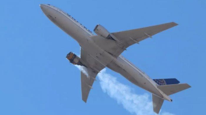 United Airlines Hentikan Penerbangan 24 Pesawat Boeng 777 Pasca Insiden Mesin Terbakar