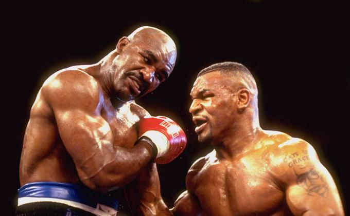 Mike Tyson vs Evander Holyfield