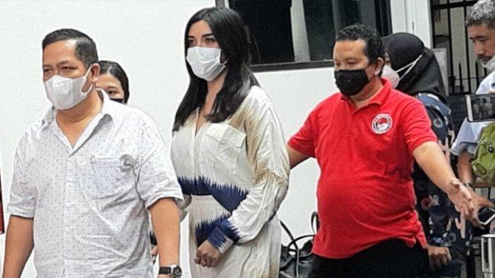 Selebgram Millen Cyrus Tak Ditahan Meski Terbukti Konsumsi Clozapine, Ini Penjelasan Polisi