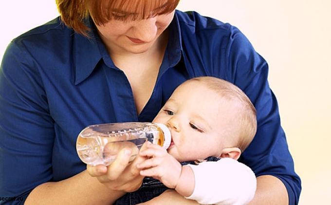 Hentikan Memberikan Air Putih Pada Bayi Berbahaya Untuk Kesehatannya Tribunnews Com Mobile