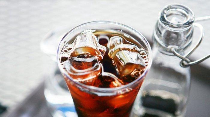 Benarkah Kebiasaan Konsumsi Minuman Dingin Pakai Es Batu Bisa Bikin Gemuk? Ahli Nutrisi: Mitos