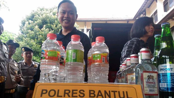 Polisi Buru Udik, Distributor Oplosan Maut Bantul